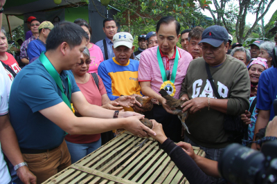 Awarding and Distribution of Livelihood Assistance in Rodriguez, Rizal