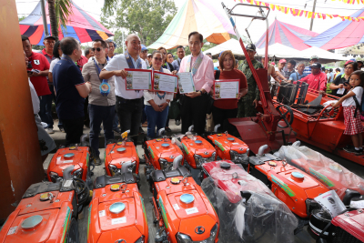 Distribution of Agri Projects and Assistance in South Cotabato